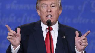 Donald Trump s'exprime le 19 octobre 2016 sur le campus de l'université de Las Vegas, pendant la campagne américaine. (SAUL LOEB / AFP)
