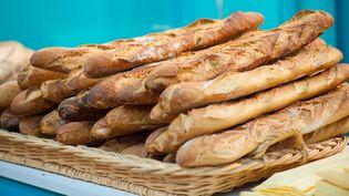 Des baguettes de pain au Salon de la qualité alimentaire de Midi-Pyrénées, au parc des expositions de Toulouse (Haute-Garonne), le 10 décembre 2011. (LANCELOT FREDERIC / SIPA)