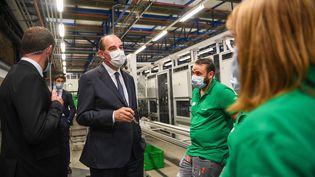 Jean Castex visite une entreprise àCloyes-sur-le-Loir (Eure-et-Loir), le 28 juin 2021. (MAXPPP)