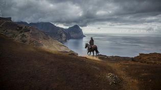 Sur ce relief tourmenté, on s'y promène à pied ou à cheval. (GEO ANTONIN BORGEAUD)