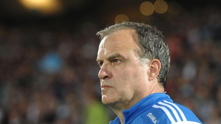 Marcelo Bielsa cherchera à se relancer vendredi contre Lorient  (NICOLAS TUCAT / AFP)