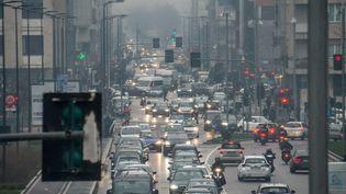 Un embouteillage à Milan. (CARLO COZZOLI / MAXPPP)