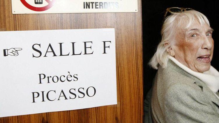 Maya Ruiz-Picasso, fille du peintre à l'entrée de la salle d'audience du procèsPierre Le Guennec/Picasso  (VALERY HACHE / AFP)