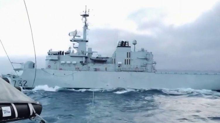 Vendée Globe : Kevin Escoffier a été récupéré par la Marine Nationale (France 2)