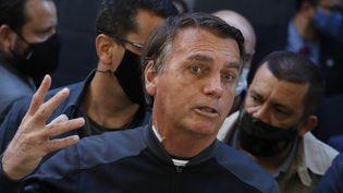 Le président brésilien Jair Bolsonaro à sa sortie de l'hôpital à Sao Paulo (Brésil), le 18 juillet 2021. (NELSON ANTOINE / AP)