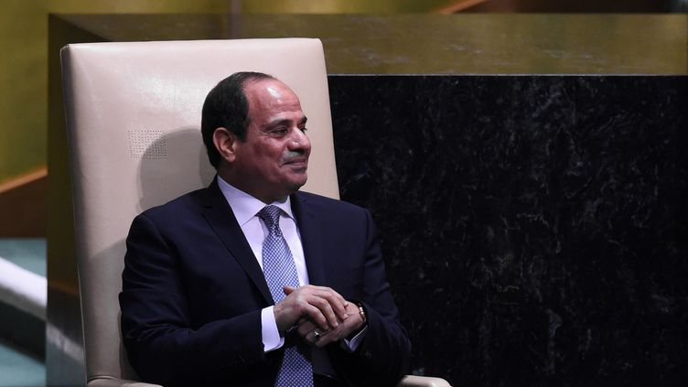 Le président égyptien, Abdel Fattah al-Sisi, attend pour s'exprimer lors du débat général de la 73e session de l'Assemblée générale aux Nations unies, le 25 septembre 2018 à New York. (BRYAN R. SMITH / AFP)
