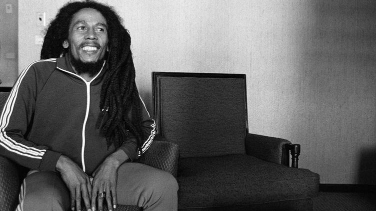 Le chanteur jamaïcain de reggae Bob Marley, en 1980. (MARCELLO MENCARINI / AFP)