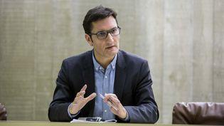(Olivier Dartigolles, porte-parole du PCF, à Paris en mars 2016. © Maxppp)