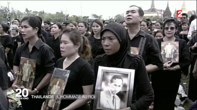 Thaïlande : le pays rend hommage à son roi défunt