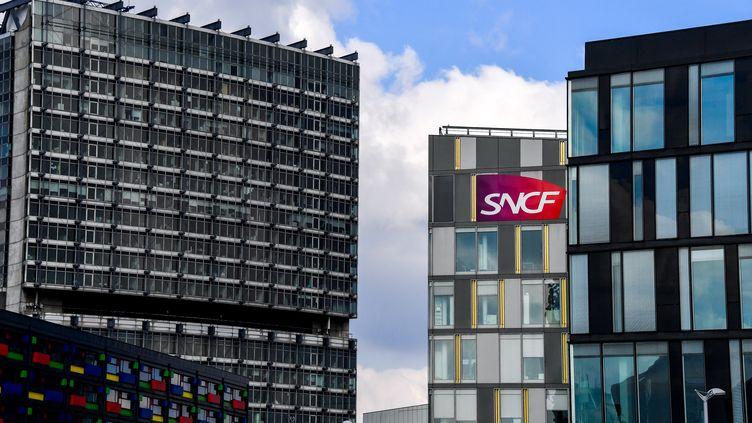 Des bureaux de la SNCF à Lille (Nord), le 26 février 2018. (PHILIPPE HUGUEN / AFP)