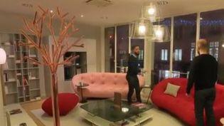 La location de meubles, c'est une nouvelle tendance. Au point que des enseignes s'intéressent à ce marché. Mais est-ce économiquement intéressant ? (FRANCE 2)