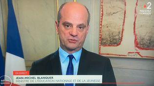 Le ministre de l'Education nationale et de la Jeunesse Jean-Michel Blanquer annonce des nouvelles mesures concernant les écoles, le 14 avril 2020. (DELPHINE PERRIN / HANS LUCAS / AFP)