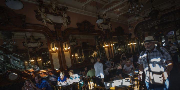 Café Majestic, Porto, le 25 juillet 2016.  (MIGUEL RIOPA / AFP)