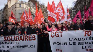 Des milliers de personnes, des fonctionnaires, participent à une manifestation le 26 Janvier2016 à Paris (CITIZENSIDE / GEORGES DARMON / AFP)