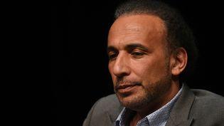 L'islamologue suisse Tariq Ramadan le 26 mars 2016 à Bordeaux. (MEHDI FEDOUACH / AFP)