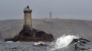 Le phare de l'Ile de Sein (Finistère), photographié le 2 août 2013. (FRED TANNEAU / AFP)
