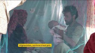 En Afghanistan, des parents sont prêts à vendre leur bébé pour nourrir leur aîné (FRANCEINFO)