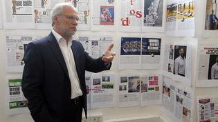 """Laurent Joffrin, directeur de la publication de """"Libération"""", le 21 mai 2015, dans les bureaux de son journal à Paris. (FRANCOIS GUILLOT / AFP)"""