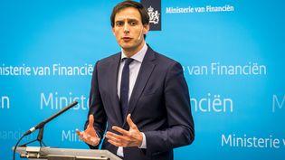 Le ministre des Finances néerlandais, WopkeHoekstra, lors d'une conférence de presse à La Haye (Pays-Bas), le 26 février 2019. (LEX VAN LIESHOUT / ANP)