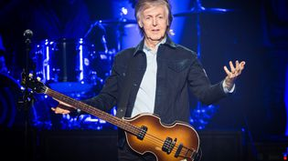 Paul McCartney sur scène au O2 Arena de Londres (Angleterre) le 16 décembre 2018. (SAMIR HUSSEIN / WIREIMAGE / GETTY)