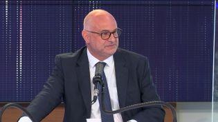 """Lesecrétaire d'État en charge des retraitesétait l'invité du """"8h30 franceinfo"""",dimanche 13 juin 2021. (FRANCEINFO / RADIOFRANCE)"""