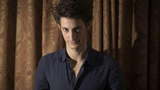 L'acteur Pierre Niney, au Fouquet's, à Paris, le 12 novembre 2012. (JOEL SAGET / AFP)