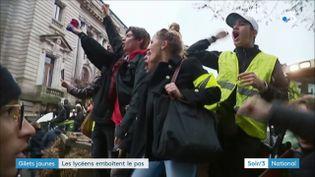 Des lycéens manifestent à Limoges (France 3)