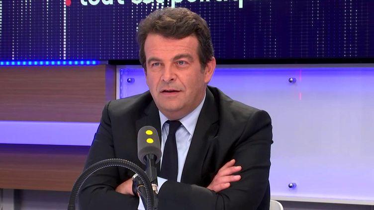Thierry Solère, député Les Constructifs, invité de Tout est politique, sur franceinfo. (FRANCEINFO)