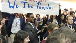 Des manifestants en faveur des énergies vertes ont perturbé une réunion sur les énergies fossiles organisée lors de la COP23 pardes représentants de la Maison Blanche. (REUTERS)