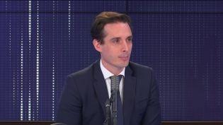"""Jean-Baptiste Djebbari, ministre délégué chargé des Transports était l'invité du """"8h30 franceinfo"""", lundi 25 janvier 2020. (FRANCEINFO / RADIOFRANCE)"""