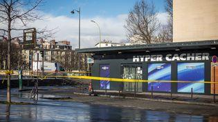 L'Hyper Cacher de la porte de Vincennes, le 14 janvier 2015, à Paris. (MICHAEL BUNEL / NURPHOTO / AFP)