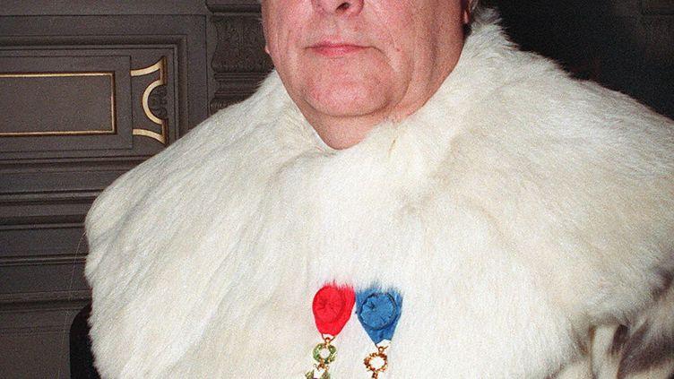 L'ancien magistrat Pierre Truche, alors procureur général près la Cour de cassation, photographié le 6 janvier 1993. (JOEL ROBINE / AFP)