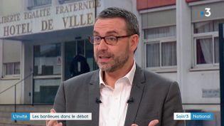 Philippe Rio, maire de Grigny (Essonne), est l'invité du Soir 3. (FRANCE 3)