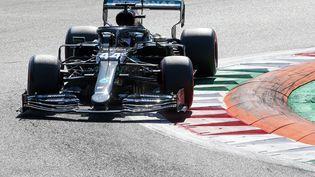 Avec 92 succès, Lewis Hamilton (Mercedes) entre, un peu plus, dans la légende de la Formule 1 (MATTEO BAZZI / POOL)