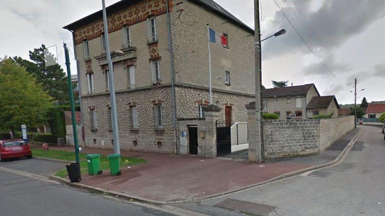 La gendarmerie de Beaumont-sur-Oise (Val-d'Oise), photographiée en septembre 2013 par le service Google Street View. (GOOGLE MAPS)