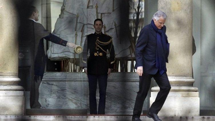 Dominique de Villepin quittant l'Elysée le 24 février 2011 (AFP/PATRICK KOVARIK)