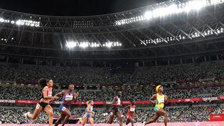 La Jamaïcaine Shelly-Ann Fraser-Pryce a dominé sa demi-finale du 100 m, aux Jeux olympiques de Tokyo. (JEWEL SAMAD / AFP)