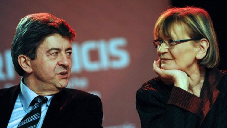 Jean-Luc Mélenchon et Marie-George Buffet, lors d'un meeting du Front de gauche, en février 2011. (FRANCOIS LO PRESTI / AFP)