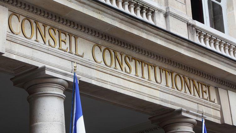 Le fronton du Conseil constitutionnel, rue de Montpensier, à Paris. (MANUEL COHEN / AFP )