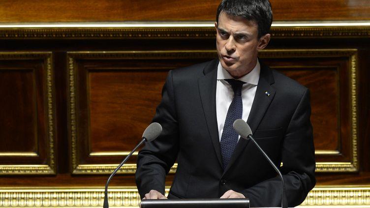 Manuel Valls devant le Sénat, lors du débat sur la prolongation de l'état d'urgence, le 20 novembre 2015. (ALAIN JOCARD / AFP)