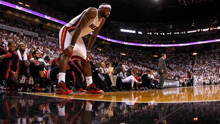 LeBron James (MIKE EHRMANN / GETTY IMAGES NORTH AMERICA)