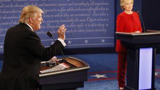 Hillary Clinton et Donald Trump lors du 1er débat du 26 septembre 2016 (RICK WILKING / POOL)