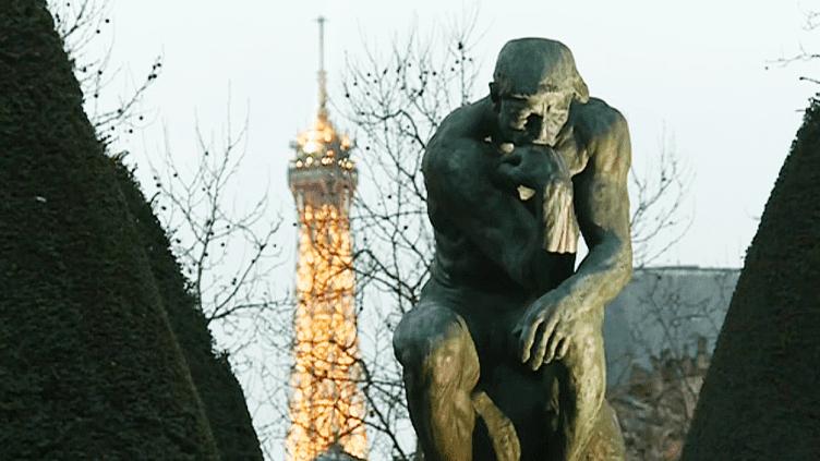 """""""Le Penseur"""" de Rodin veille sur Paris depuis la cour du musée qui lui est dédié  (France 3 / Culturebox )"""