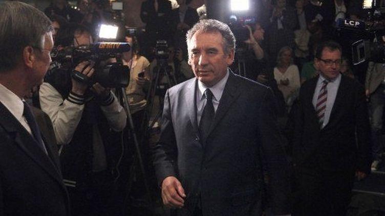 FRançois Bayrou à son arrivée en conférence de presse (FRANCOIS GUILLOT / AFP)