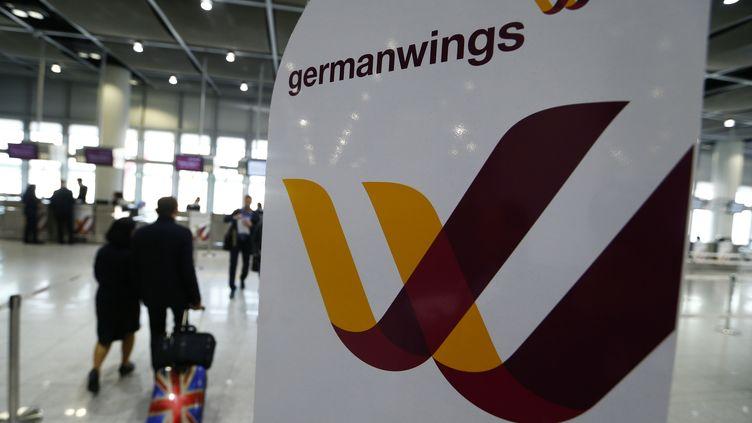 A l'aéroport deDüsseldorf (Allemagne), le 24 mars 2015. (RALPH ORLOWSKI / REUTERS)