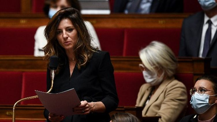 Coralie Dubost, à l'Assemblée nationale, le 6 octobre 2020. (CHRISTOPHE ARCHAMBAULT / AFP)