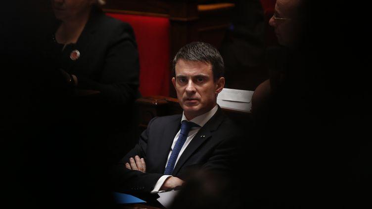 Le Premier ministre, Manuel Valls, le 2 février 2016 à l'Assemblée nationale. (PATRICK KOVARIK / AFP)