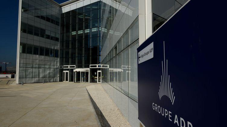 Siège social d'ADP (Aéroports de Paris) à Tremblay-en-France (Seine-Saint Denis). (ERIC PIERMONT / AFP)