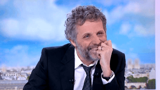 """Stéphane Guillon """"Certifié conforme""""  (France 2 )"""