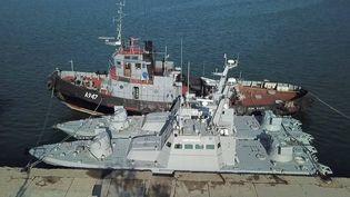 Des bateaux de la marine ukrainienne, à Kertch, en Crimée, le 18 novembre 2019. (photo d'illustration) (FSB / TASS / SIPA USA / SIPA)